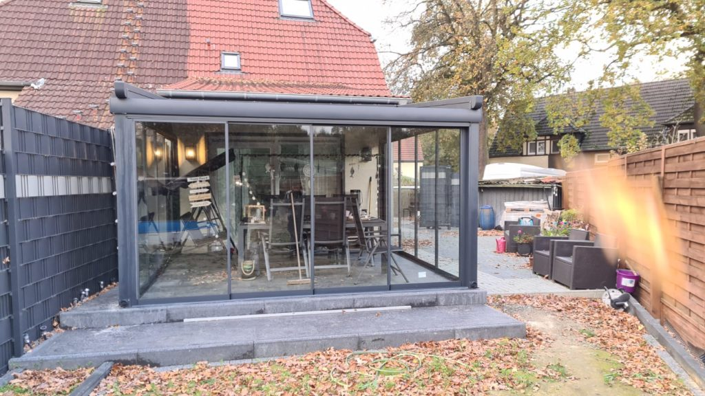 Terrassenüberdachung – LED – Herten
