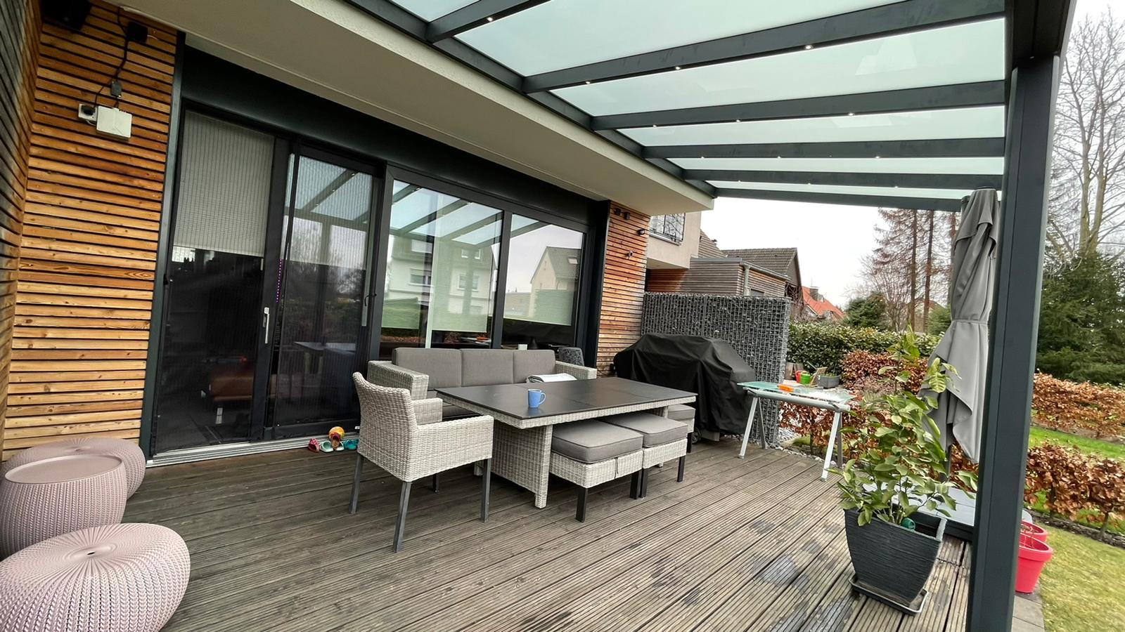 Terrassenüberdachung inkl. LED – Referenz aus Werl (Kreis Soest)